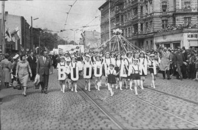 Pochód Al. Wojska Polskiego 1 maja 1965 roku. Fot. Stefan Cieślak