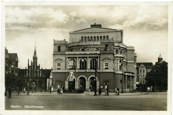 Przedwojenna pocztówka przedstawiająca Teatr Miejski w Szczecinie, 1933 rok. Ze zbiorów Michała Susia.